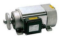 Motori elettrici ribassati a basso ingombro per macchine for Motori elettrici per macchine da cucire